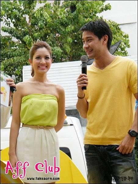 泰国明星pong和aff一起出席卡尼尔活动图片欣赏
